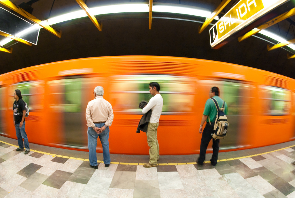 A Beginners Guide to Using the Mexico City Metro Northern Lauren