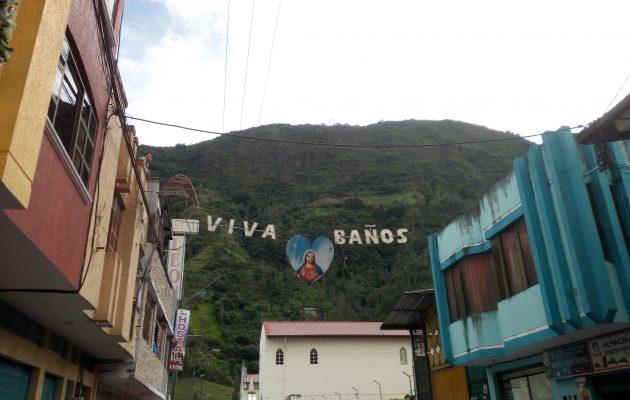 coolest cafes in baños ecuador